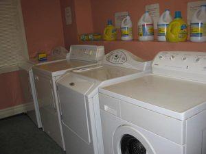 06-Laundry-Room